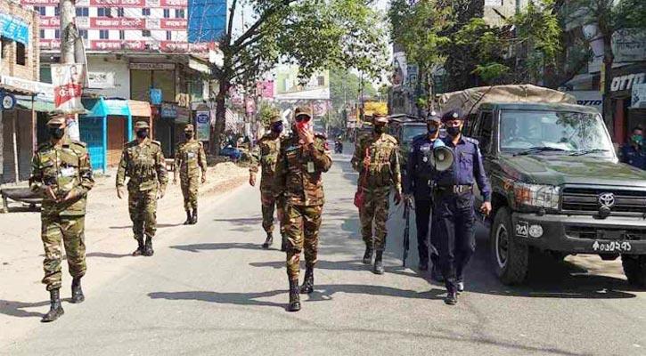Bangladesh enters total lockdown; Dhaka wears a deserted look