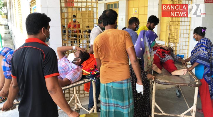 Covid-19: 22 more die at Rajshahi Medical College Hospital's Covid unit in a day