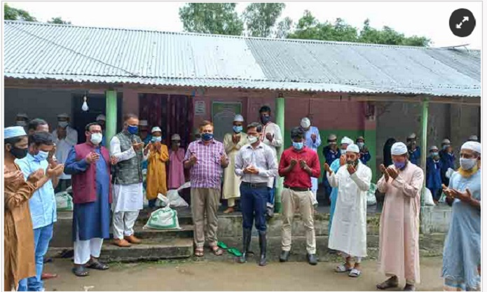 Students,orphans pray for Bashundhara Group chairman