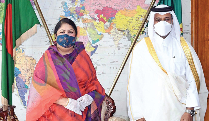 Outgoing Qatar Ambassador to Bangladesh Ahmed Mohammed Nasser Al-Dehaimi meets Speaker Dr Shirin Sharmin Chaudhury at the latter's parliament office in the  capital on Thursday.—PID PHOTO