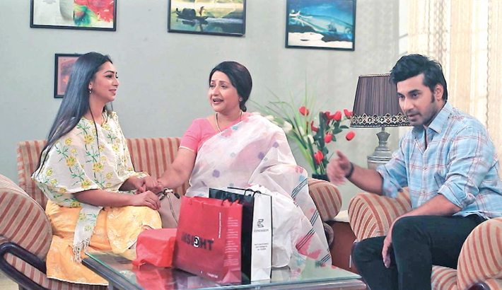 Single-episode drama 'Edur Dour' will be aired on RTV at 8:00pm today. Written by Shafiqur Rahman Shantanu, the drama has been directed by Mahmud Hassan Rana. The drama stars Abdun Noor Shajal, Sadia Jahan Prova and others.