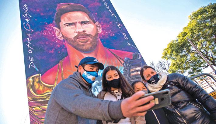 Multi-story mural for hometown hero Messi