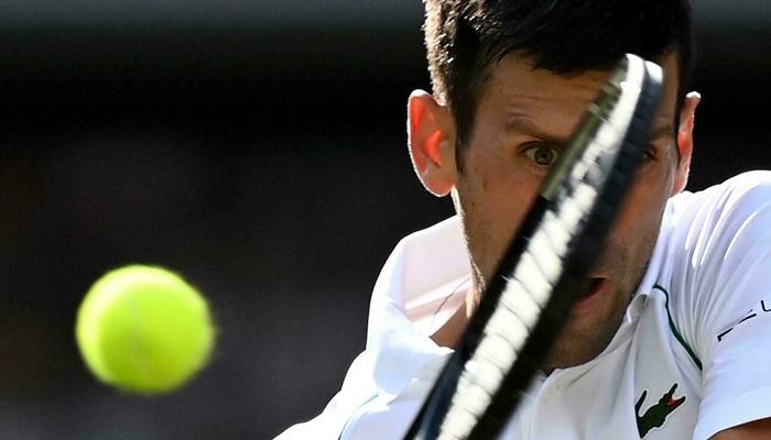 Djokovic grabs 75th Wimbledon win as battling Murray runs out of steam