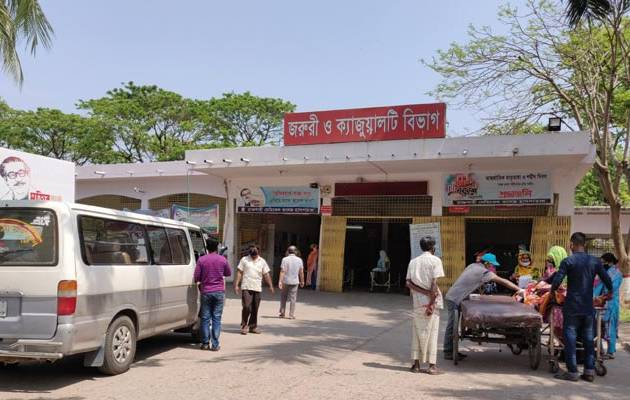 Covid-19: 13 more die at Rajshahi Medical College Hospital's Covid unit in a day