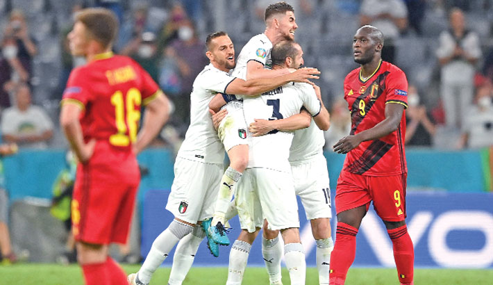 Insigne stunner sends Italy into semifinal clash with Spain