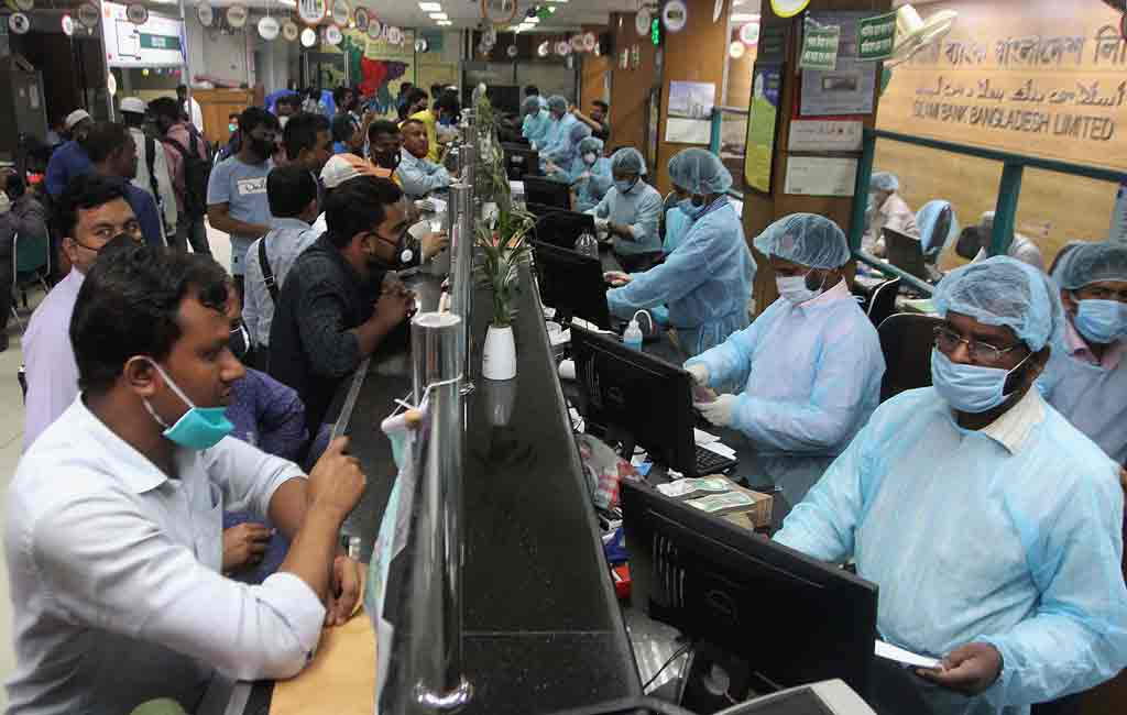 Banks, financial institutions and stock markets reopen