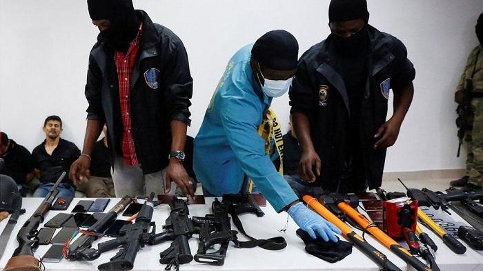 Jovenel Moïse: Foreign hit squad killed Haiti's president, police say