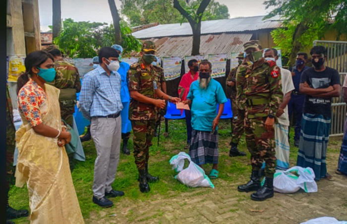 Army provide free medical services for needy at Joypurhat