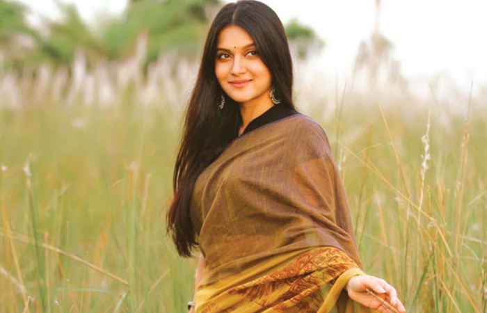 Mithila to make her Tollywood debut
