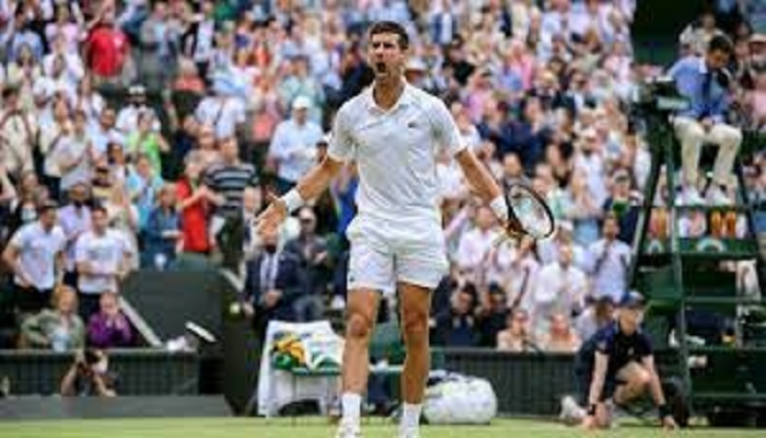 Djokovic braced for Berrettini and Wimbledon crowd in history push