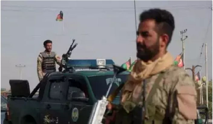 Former Afghan warlord mobilizes hundreds in Herat against Taliban