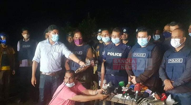 N'ganj raid: 'Militant' held with bomb, bomb-making materials