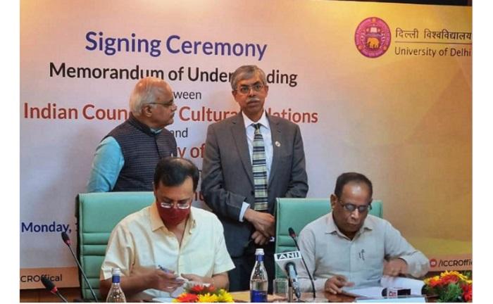 """MoU signed to set up """"Bangabandhu chair"""" at Delhi University"""