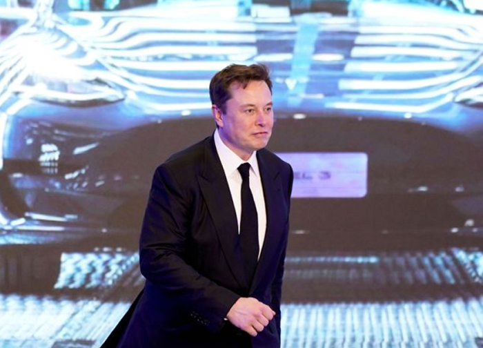 Musk to testify in defense of Tesla's $2.6 bln deal for SolarCity