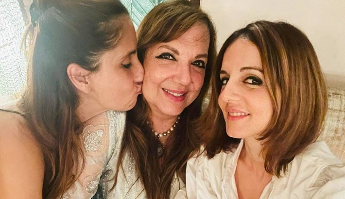 Sussanne Khan wishes mother on birthday with a special post