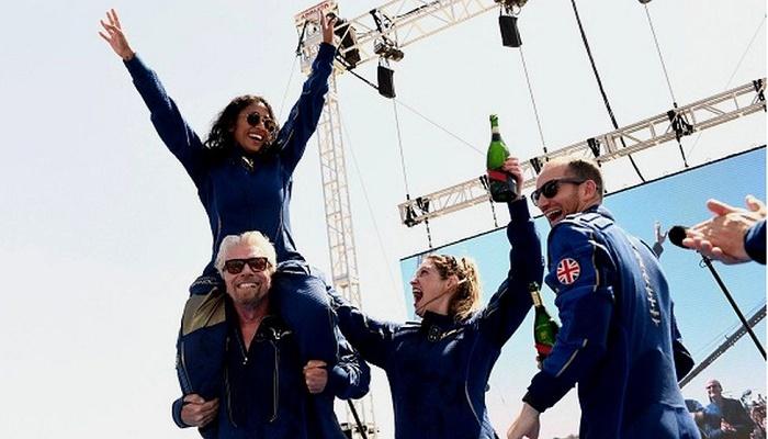 Sirisha Bandla: India celebrates woman who flew on Virgin Galactic