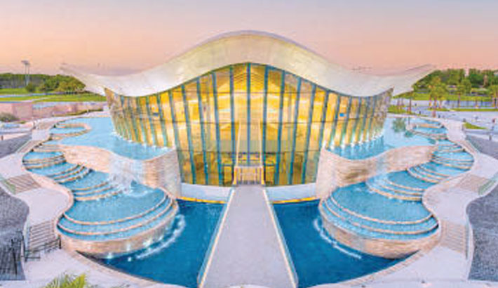 World's deepest pool opens in Dubai