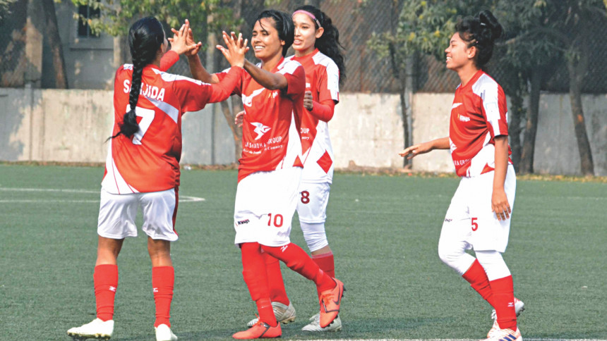 Basundhara Kings takes on ARB CSC in WFL today