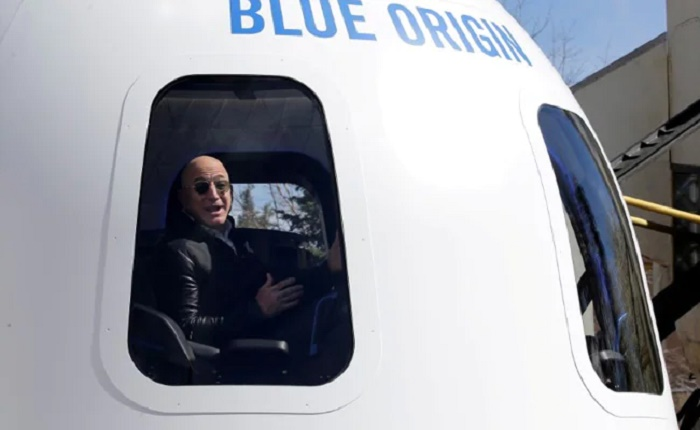 Blue Origin approved for human space flight ahead of Bezos launch
