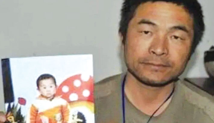 Man reunited with son snatched 24 years ago