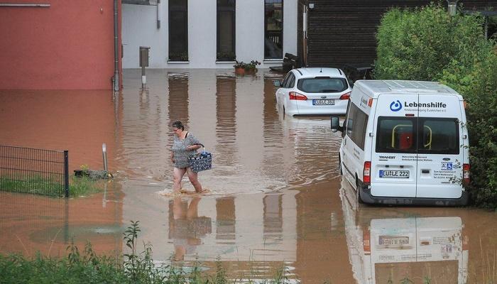 More than 20 dead, dozens missing in heavy Europe floods
