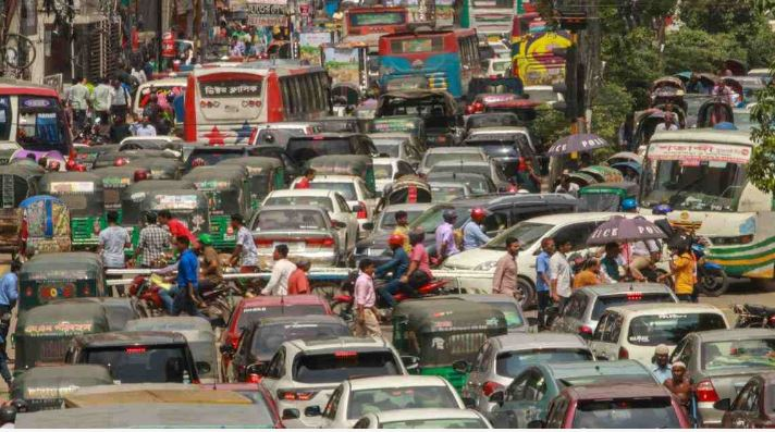 Bustle back in Dhaka as public transport services resume
