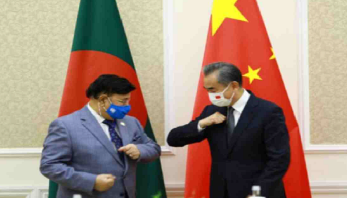 China to continue providing vaccine aid to Bangladesh: Wang Yi