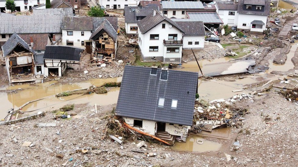 Germany floods: Dozens killed after record rain in Germany and Belgium