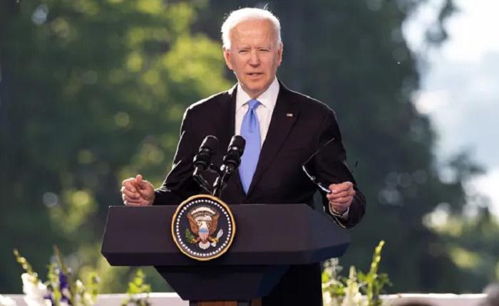 Biden says social media misinformation on Covid 'killing people'