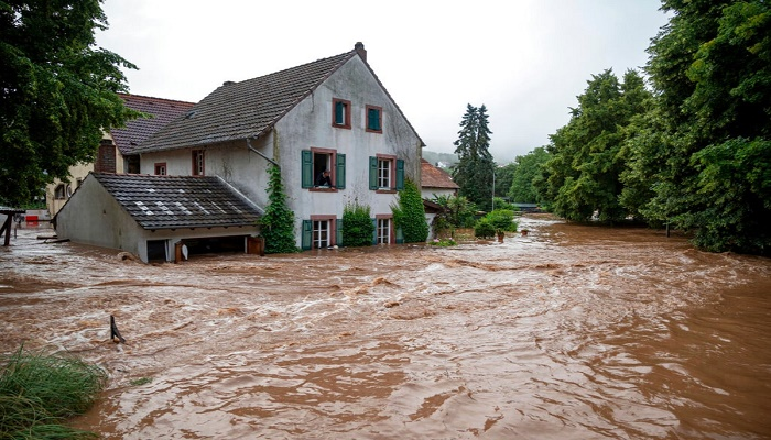 German floods death toll rises to 133, 153 in Europe