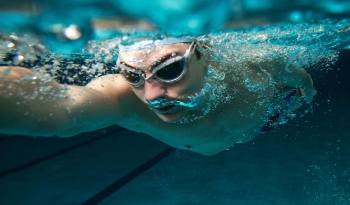 What regular swimming does for the body and mind