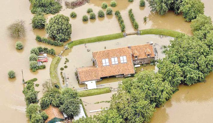Warming link to Europe floods: Expert