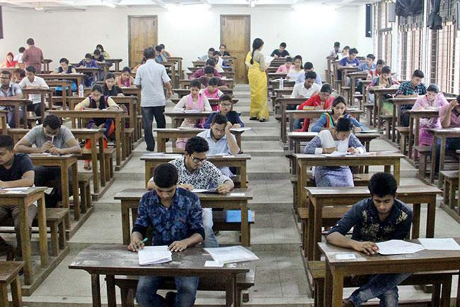 52.7pc DU students interested in online final exam