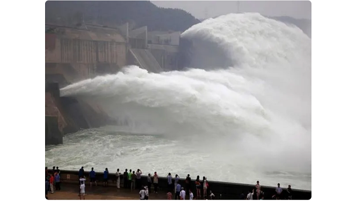 China's hydroelectric dams on River Mekong leaving region dry, livelihoods of millions affected