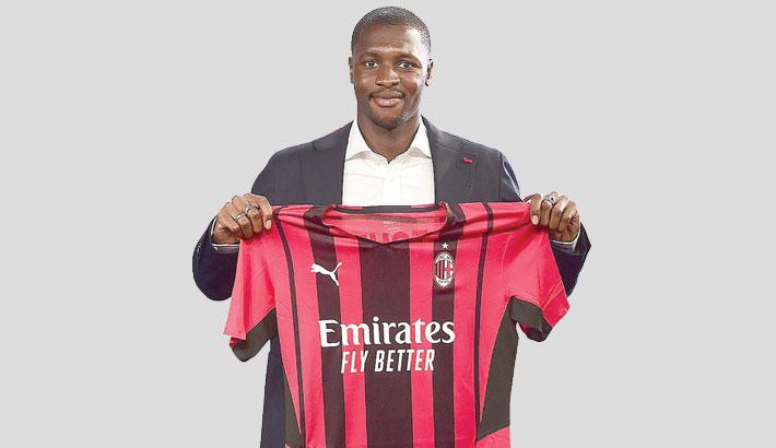 Senegal's Ballo-Toure joins AC Milan