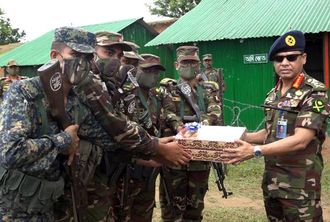 Army Chief visits various army camps in CHT to exchange Eid greetings