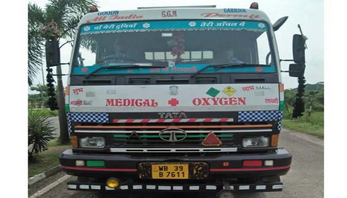 India sends 180 tonnes Oxygen to Bangladesh