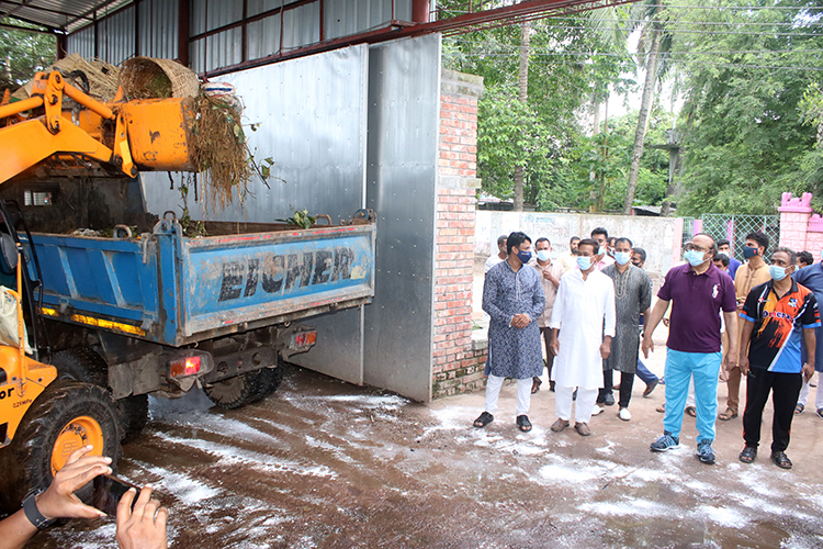 RCC removes waste within night