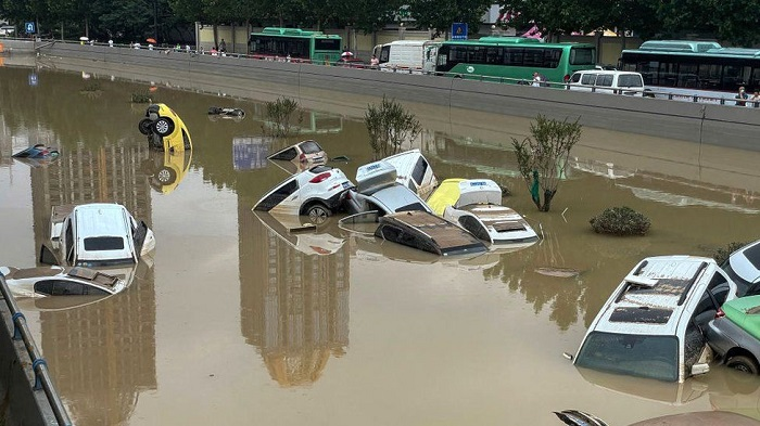 Death toll from China floods climbs to 51