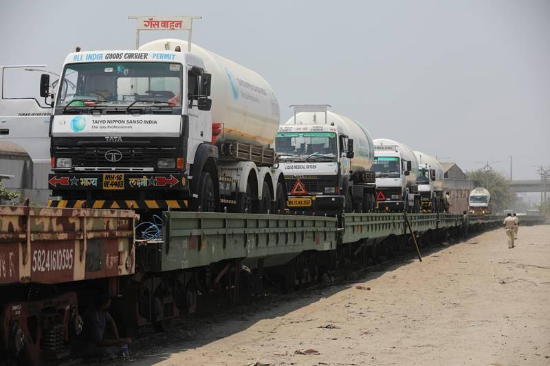 First time ever, Indian Railways' Oxygen Express transporting 200 MT LMO to Bangladesh