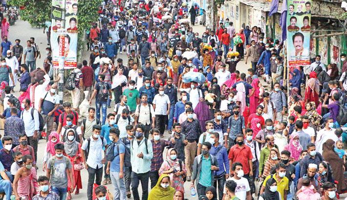 People returning to capital amid fresh lockdown