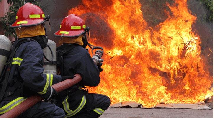 Fire breaks out at a garage in city's Motijheel