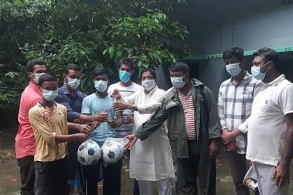 Jubo League leader Badiul distributes sports, safety equipment in Patiya upazila