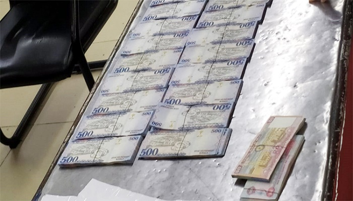 Man held with large amount of foreign currencies at Dhaka airport