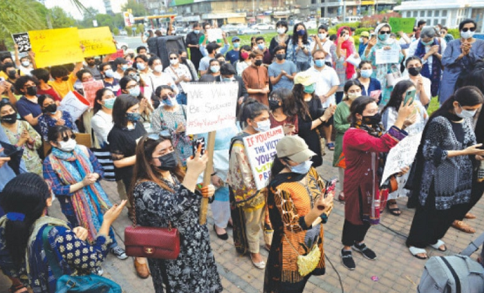 Activists protest violence against women, denounce PM's remarks