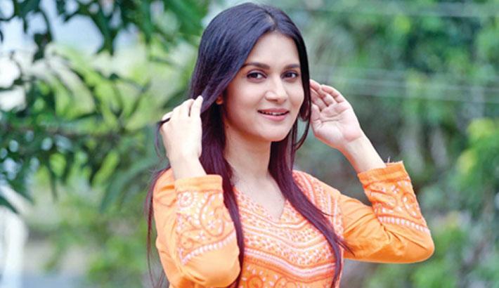 Mithila plays Lady Macbeth in debut Indian film 'Maya'