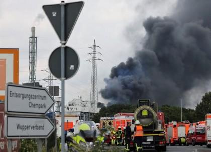 At least 2 killed in German chemical blast; 31 injured