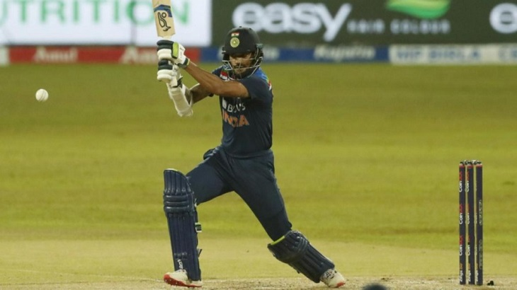 India opt to bat in deciding T20 against Sri Lanka