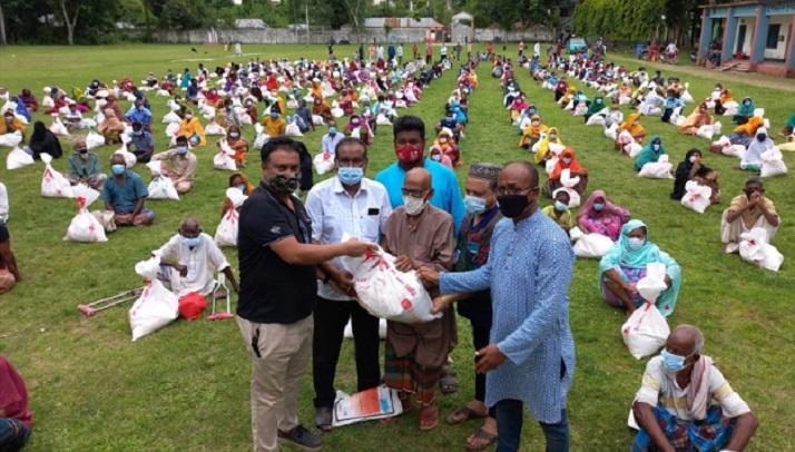 Bashundhara Group distributes relief among poor in Bogura