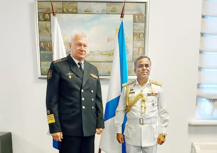 Navy chief returns home from Russia